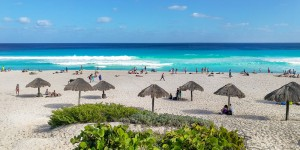 Beitragsbild des Blogbeitrags Is Cancún Worth a Visit or It Is an Extremely Overrated Tourist Trap?