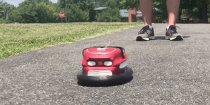 Beitragsbild des Blogbeitrags Driving a mini RC bumper car with a Nintendo Wii Balance Board